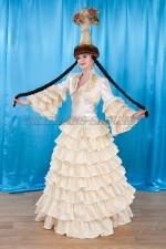 2033 Казахский национальный женский костюм