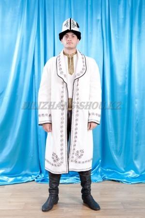 Кыргызские национальные костюмы