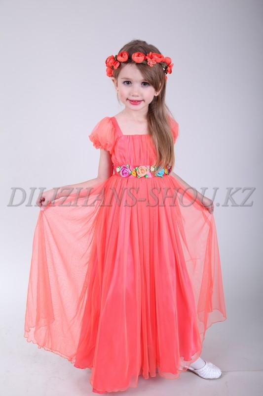 Детские карнавальные костюмы и вечерние платья напрокат