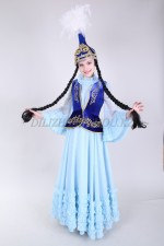 0082. Казахский костюм