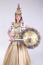 2066. Казахский костюм Томирис
