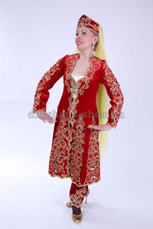 Таджикский мужской национальный костюм мужской и женский