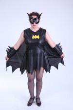 3783. Женщина - Бэтмен