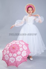 Платье для девочки и кружевной зонт