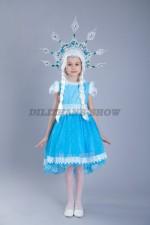 5078. Снежинка голубая с небольшим шлейфом