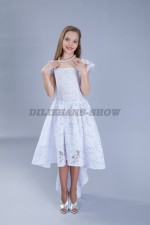 Бальное платье из кружева со шлейфом