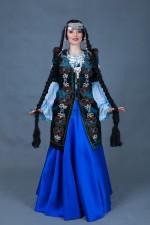 5786. Якутский женский костюм(1)