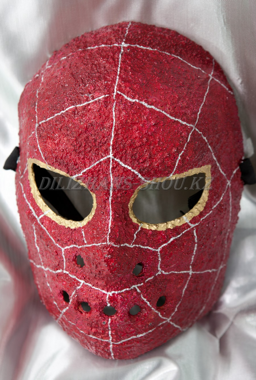 Как просто сделать маску из папье-маше? Что для этого