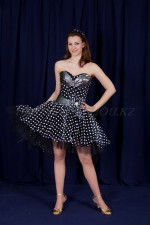 3632. Стилизованное стиляжное платье