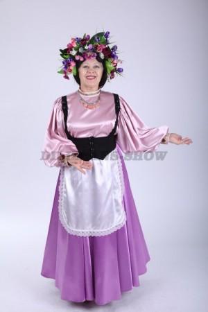 33570. Итальянский костюм с венком