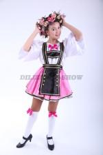 Немецкий национальный для девочки-подростка с веночком