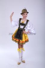Немецкий национальный для девочки с темным фартучком