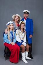 5743. Морские костюмы для семейной фотосессии