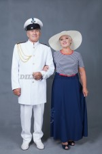 5750. Парные костюмы в морском стиле