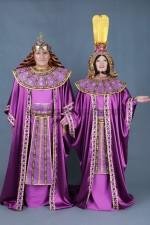 5792. Аменхотеп и его жена Тийя
